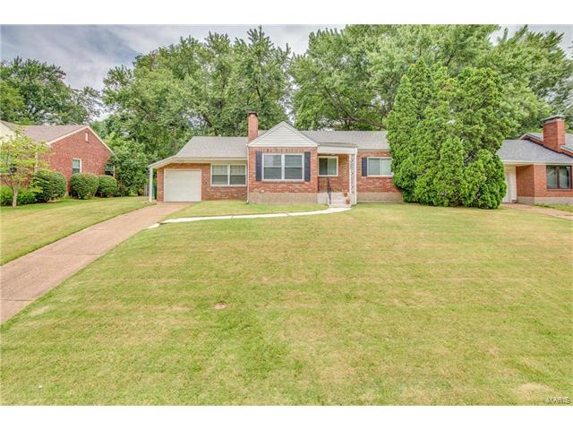 649 Cannonbury Drive, Webster Groves, MO 63119