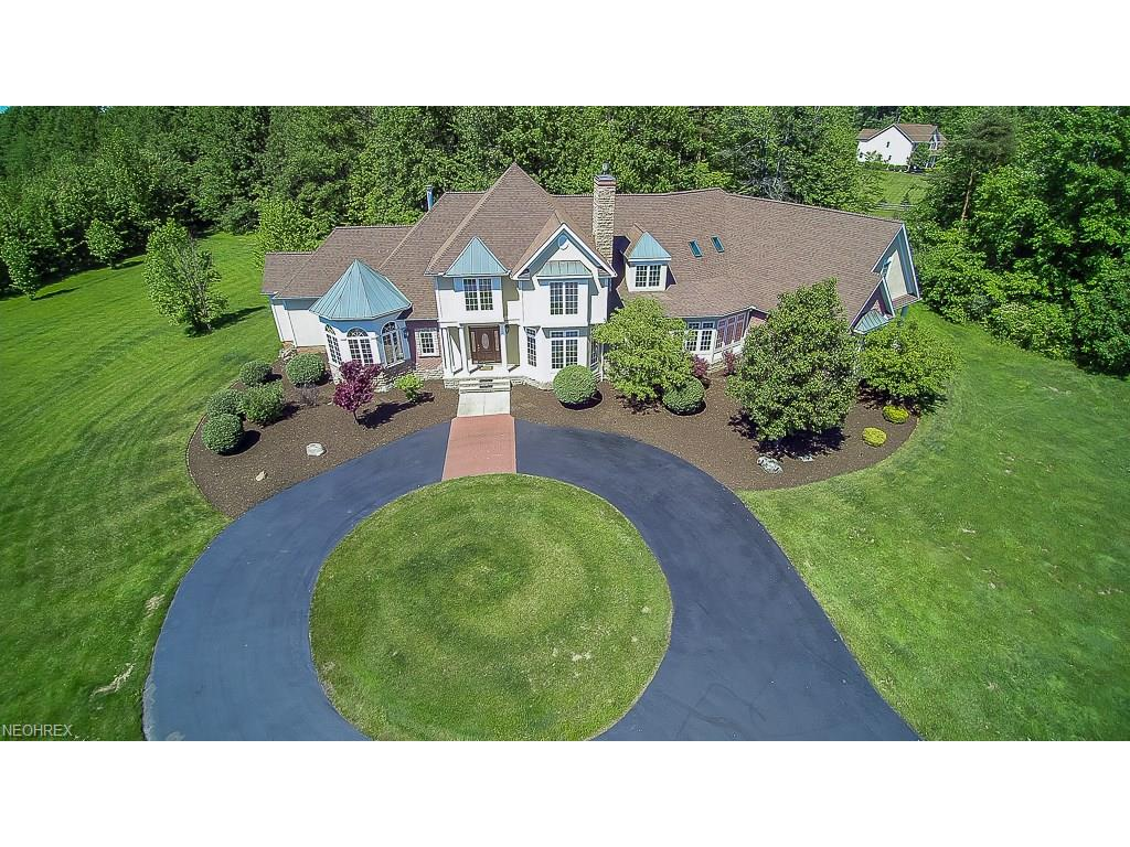 9601 Little Mountain Rd, Kirtland Hills, OH 44060