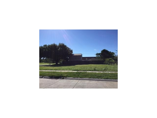 2517 EDGAR Drive, Violet, LA 70092