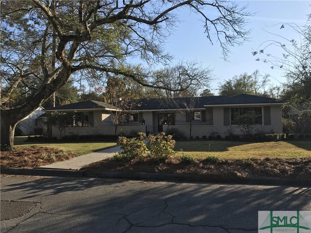 105 E 58th Street, Savannah, GA 31405