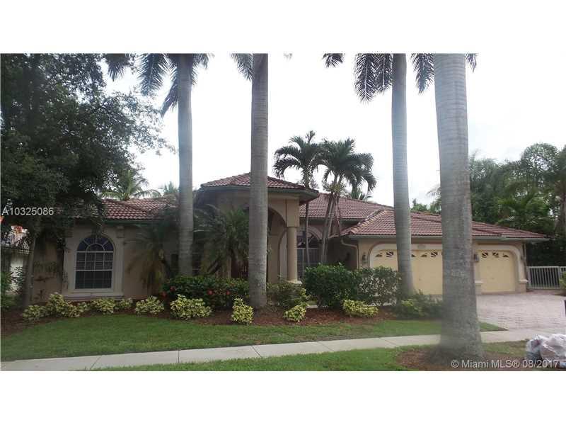 10815 NW 5th St, Plantation, FL 33324