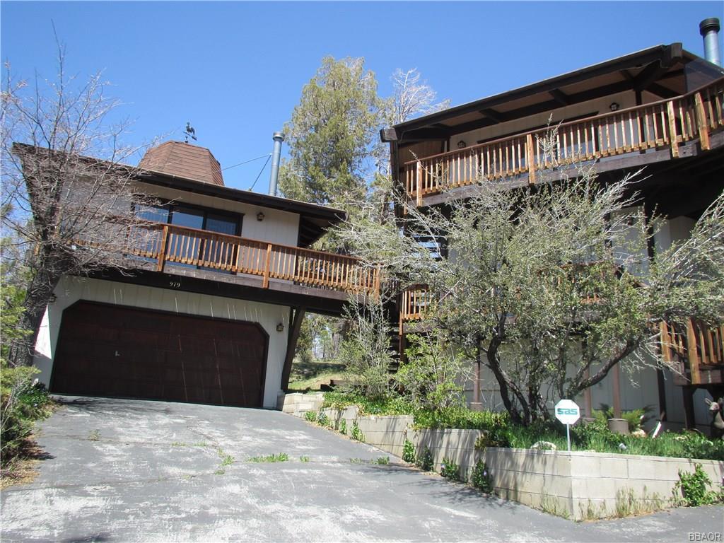 979 Deer Trail Lane, Fawnskin, CA 92333