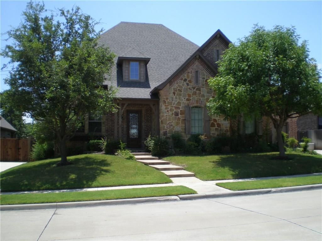 7704 Silverleaf Drive, North Richland Hills, TX 76182