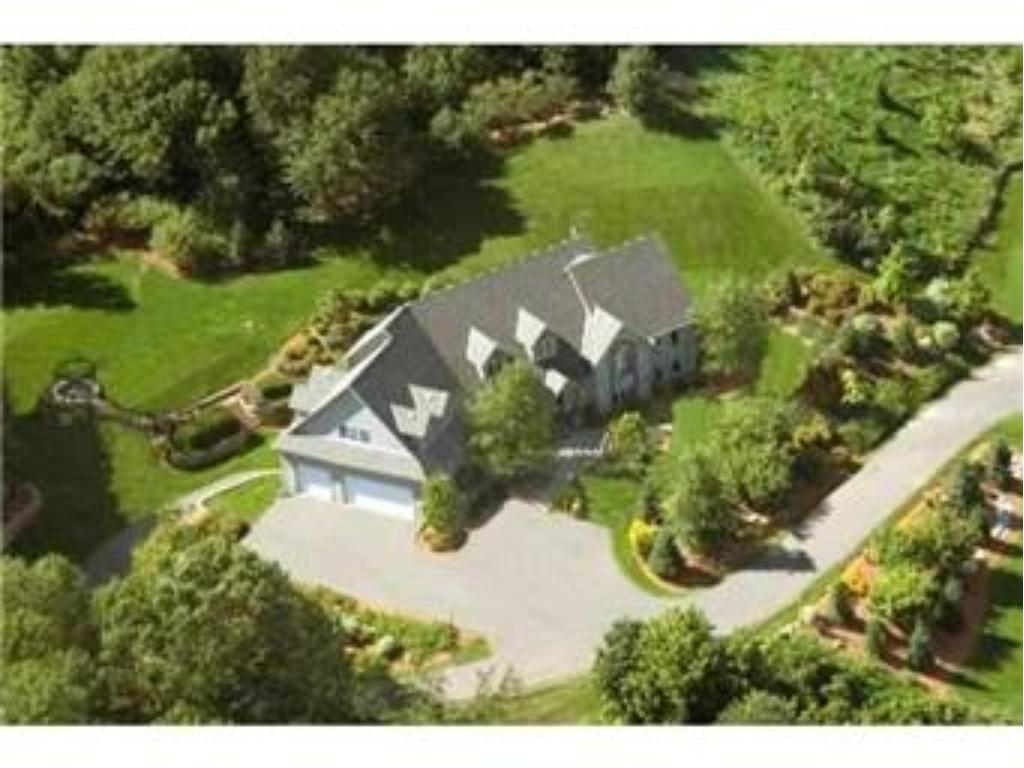 6507 Orchard Ridge Trail, Woodbury, MN 55129