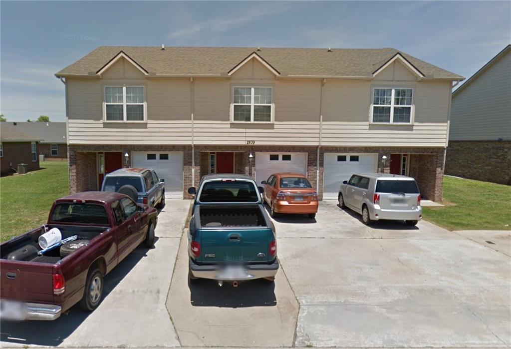 2839 Meridian PL, Siloam Springs, AR 72761