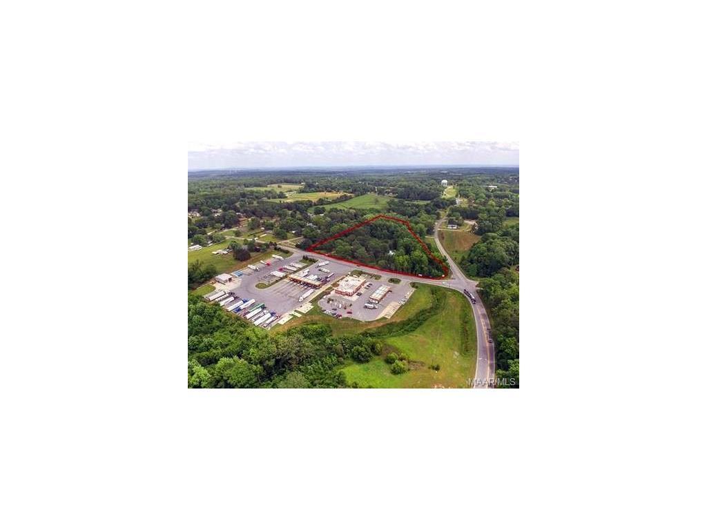 355 County Road 764 Road, Clanton, AL 35046