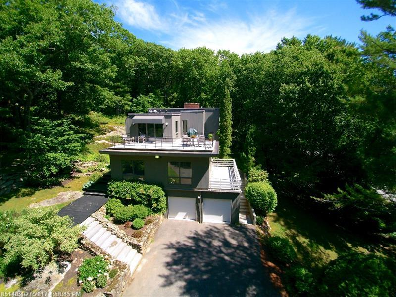 124 Foreside RD , Cumberland, ME 04110