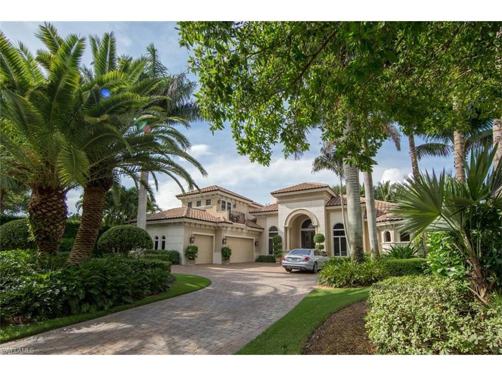 733 Riviera DR, NAPLES, FL 34103