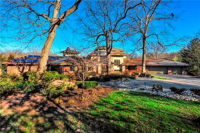 8700 Lee Boulevard, Leawood, KS 66206