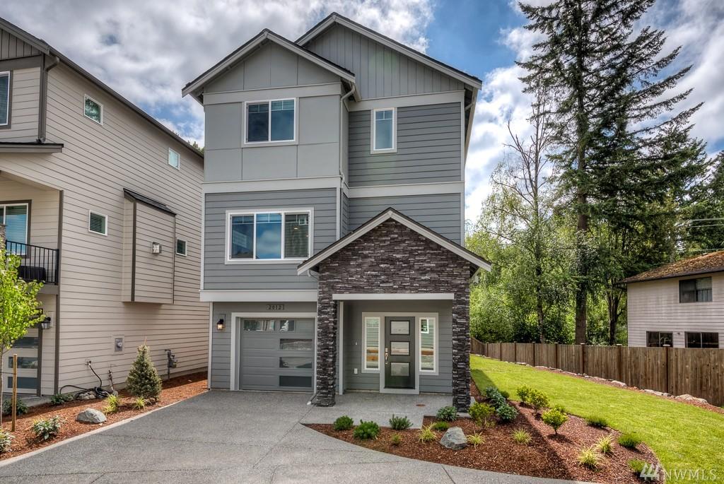 2014 131st St SW 7, Everett, WA 98204