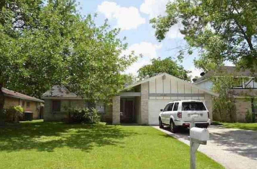 4234 Mossygate Drive, Spring, TX 77373