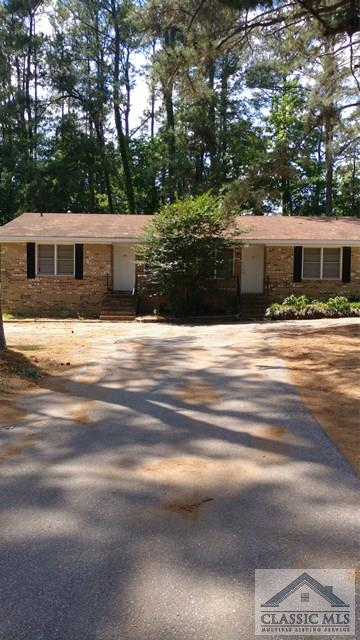 121, 123 Woodale, Hull, GA 30646
