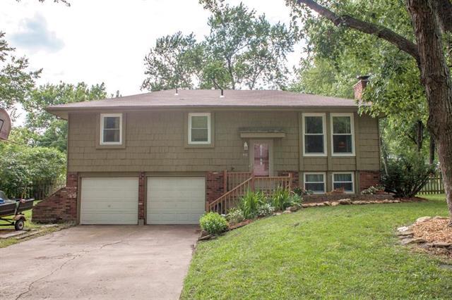 518 S Adams Street, Raymore, MO 64083