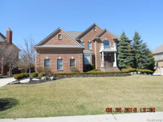 57123 STARCREEK CRT, Washington Twp, MI 48094