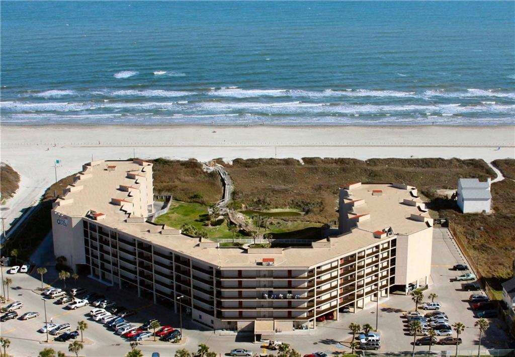800 Sandcastle Dr 327, Port Aransas, TX 78373