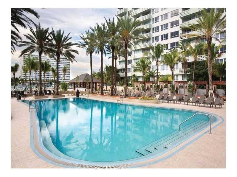 1500 Bay Rd 246S, Miami Beach, FL 33139