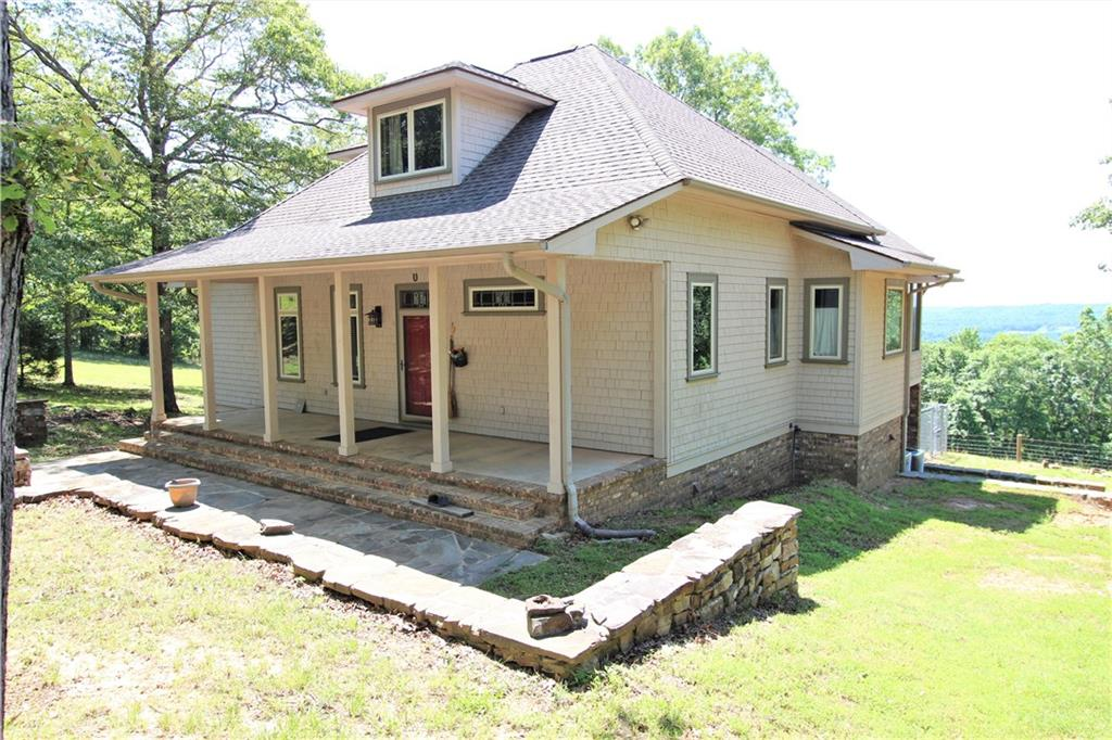 17900 Old Locke RD, Mountainburg, AR 72946