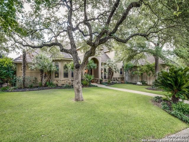 2 ROYAL GARDENS DR, San Antonio, TX 78248