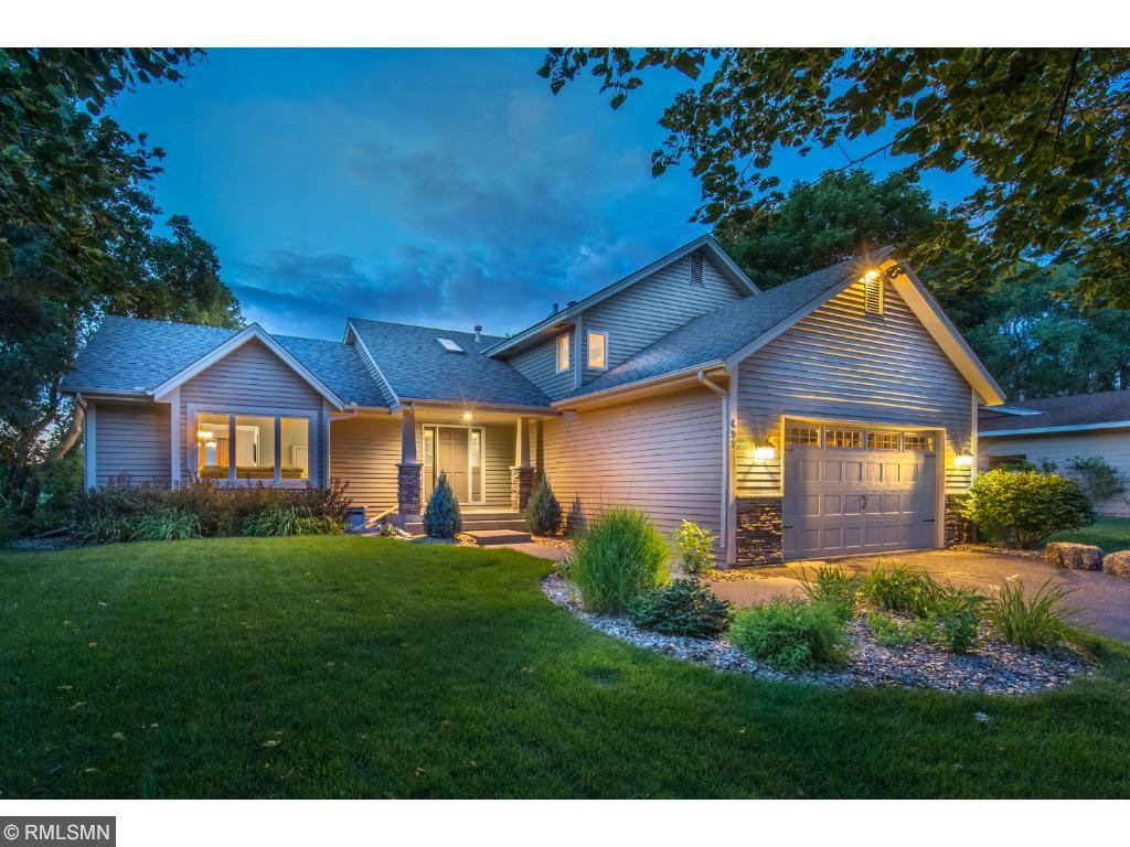 697 Cheyenne Lane, Mendota Heights, MN 55120