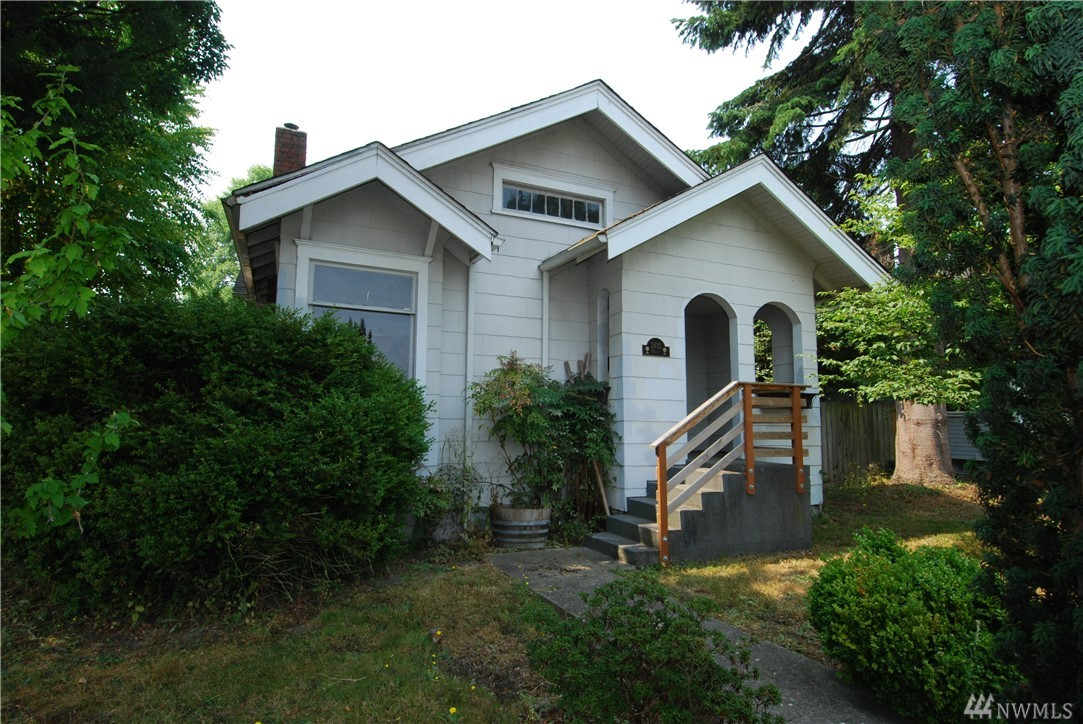 2432 Maple St, Everett, WA 98201