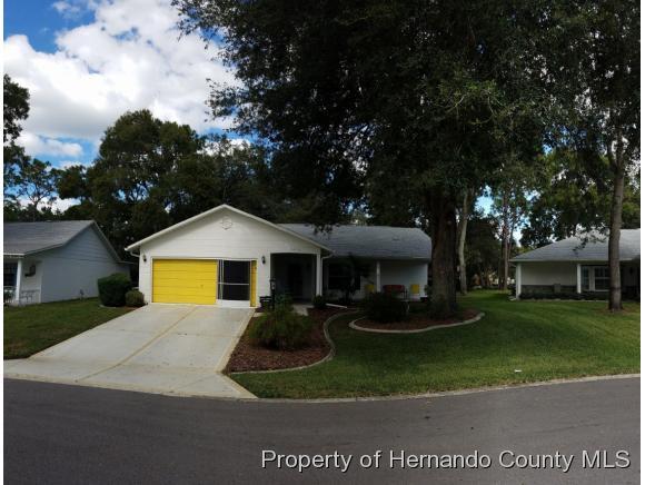 6416 LOST TREE LN, Spring Hill, FL 34609