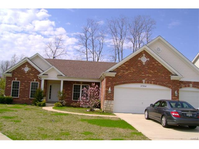2364 The Courts Drive, Chesterfield, MO 63017