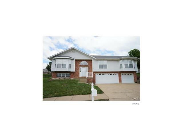 3560 Swan Circle South, Arnold, MO 63010