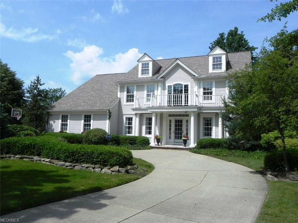 406 Lookout Ct, Avon Lake, OH 44012