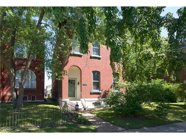 6806 Virginia Avenue, St Louis, MO 63111