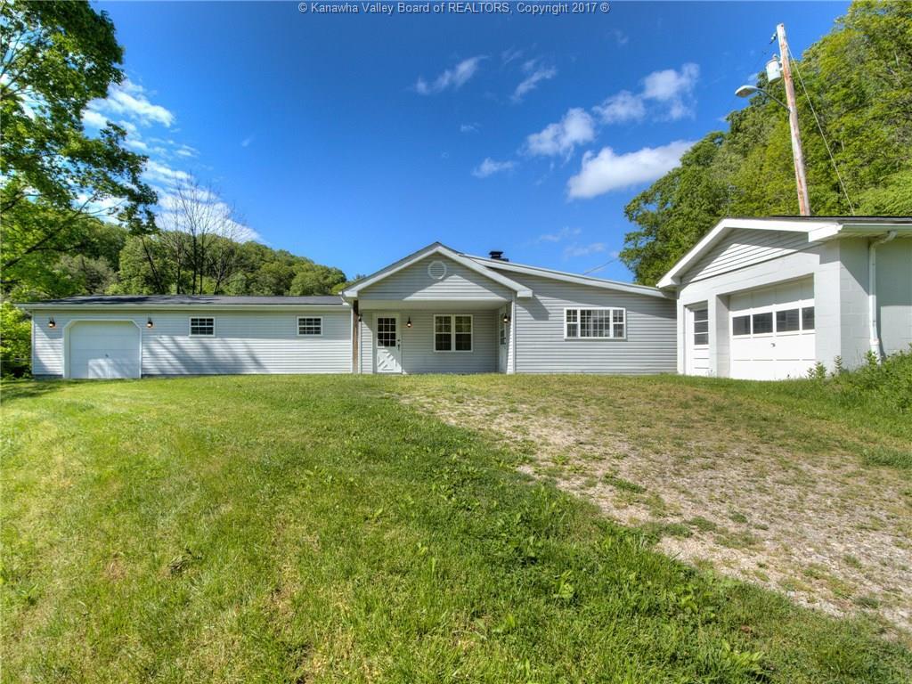 543 Teays Hollow Road, Hurricane, WV 25526