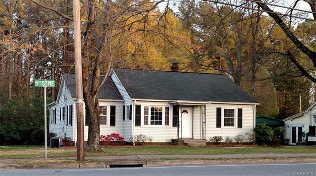 1072 5th Street NE, Hickory, NC 28601