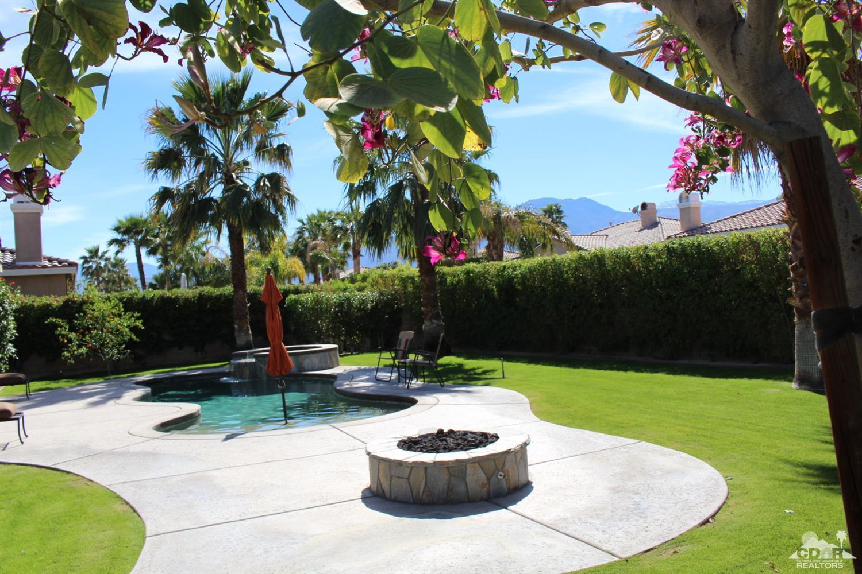 52313 Whispering Way, La Quinta, CA 92253