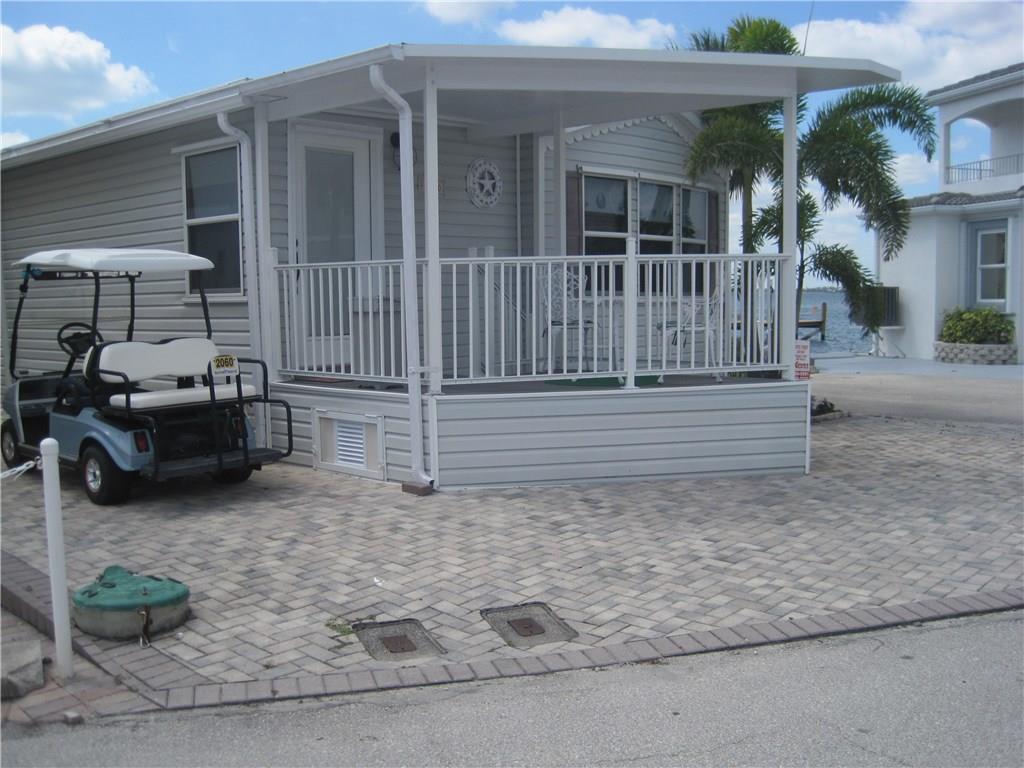 2060 Nettles Blvd, Jensen Beach, FL 34957