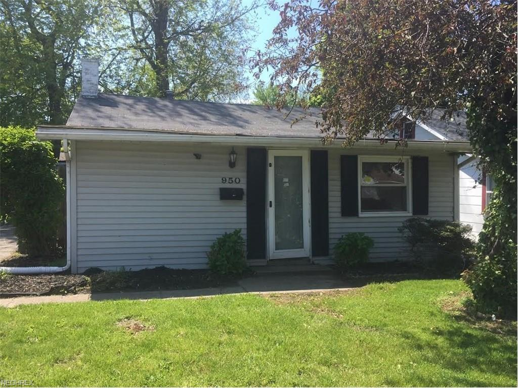 950 Bellevue Dr, Willoughby, OH 44094