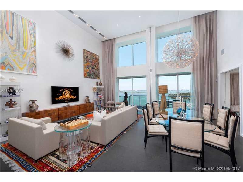 10 Venetian Way 2502/2, Miami Beach, FL 33139