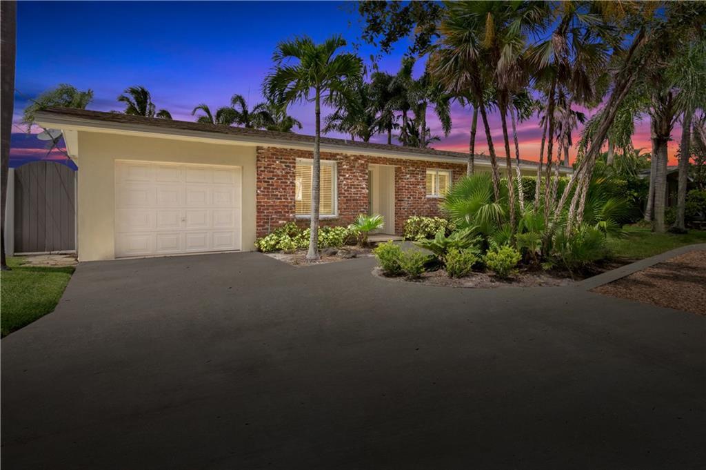 2023 SW Mockingbird Lane, Palm City, FL 34990