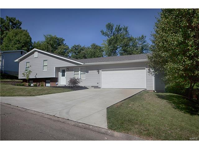 3867 Petrified Forest, Arnold, MO 63010