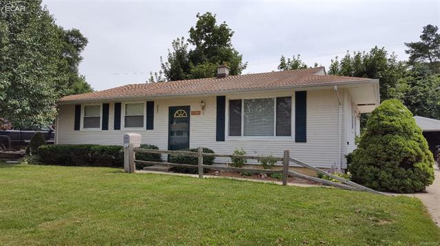 5351 Worchester Drive, Swartz Creek, MI 48473