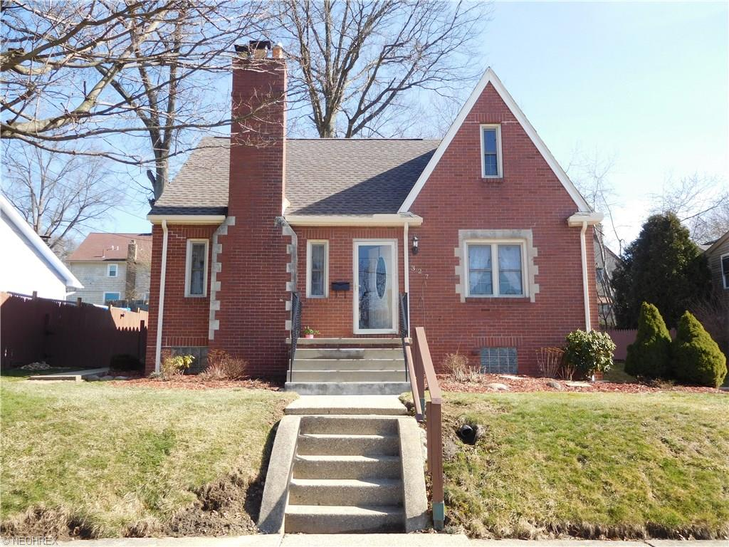 327 Orchard Ave, Niles, OH 44446