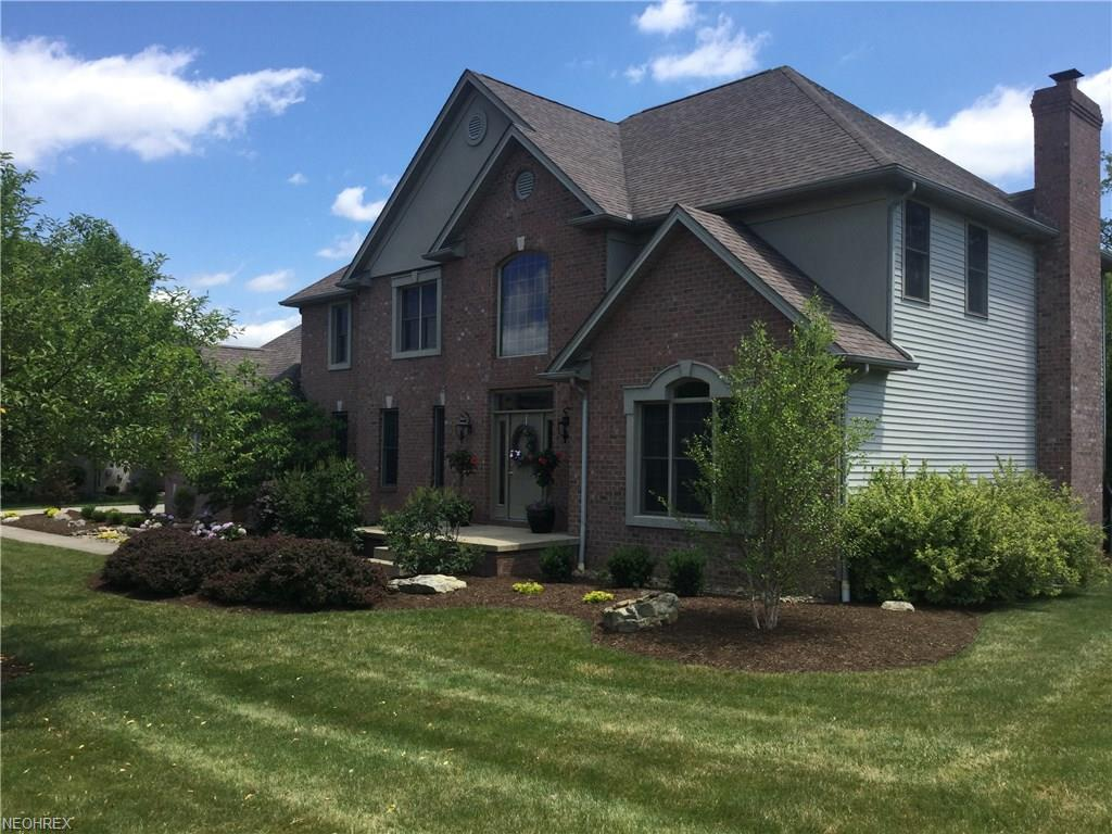 8539 Ivy Hill Dr, Poland, OH 44514