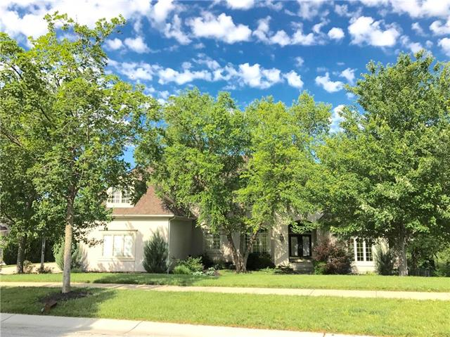14112 MEADOW Lane, Leawood, KS 66224