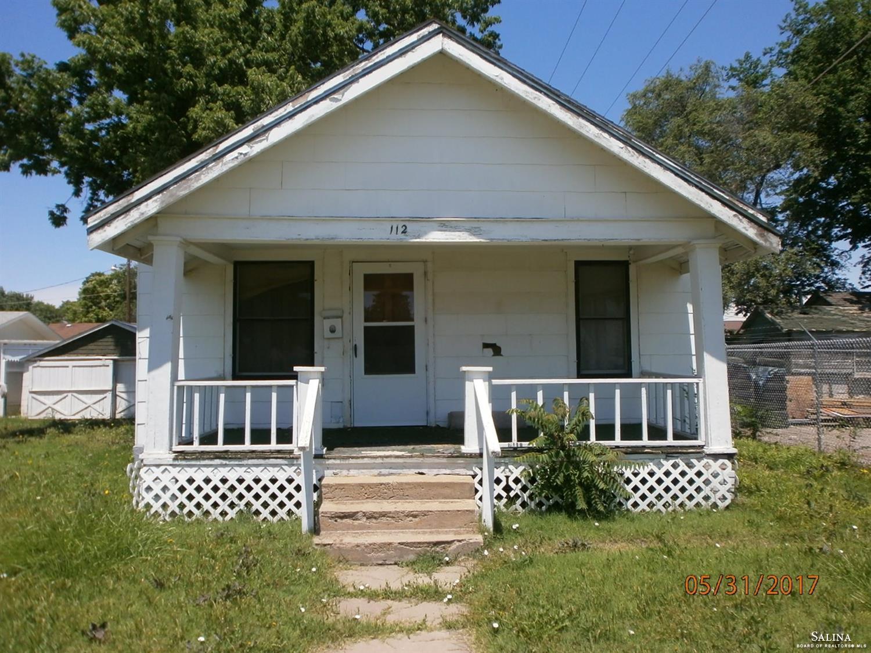 112 W Grand Avenue, Salina, KS 67401