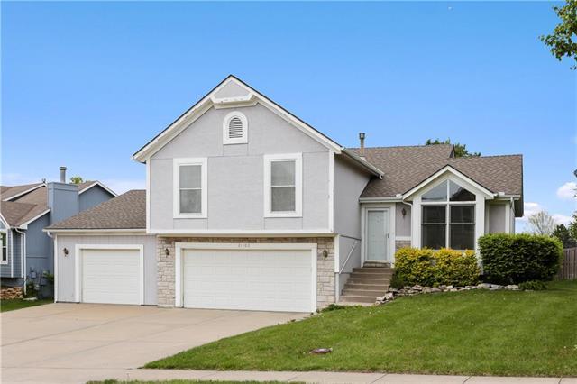 21302 W 55th Terrace, Shawnee, KS 66218