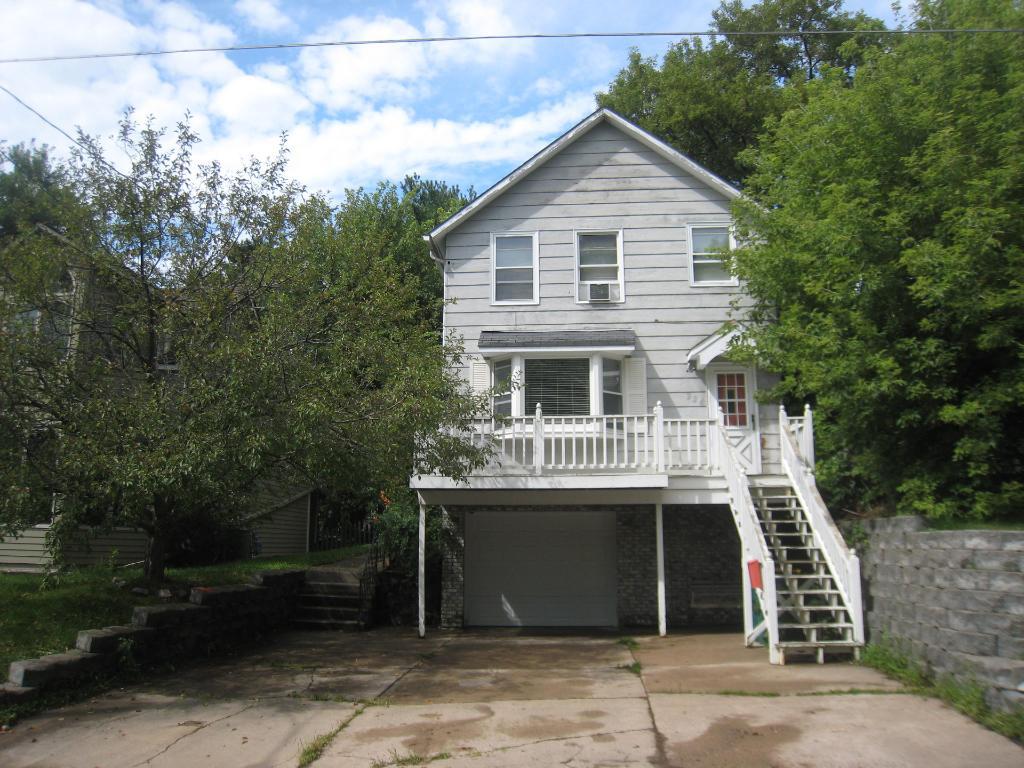 224 Stillwater Avenue W, Stillwater, MN 55082