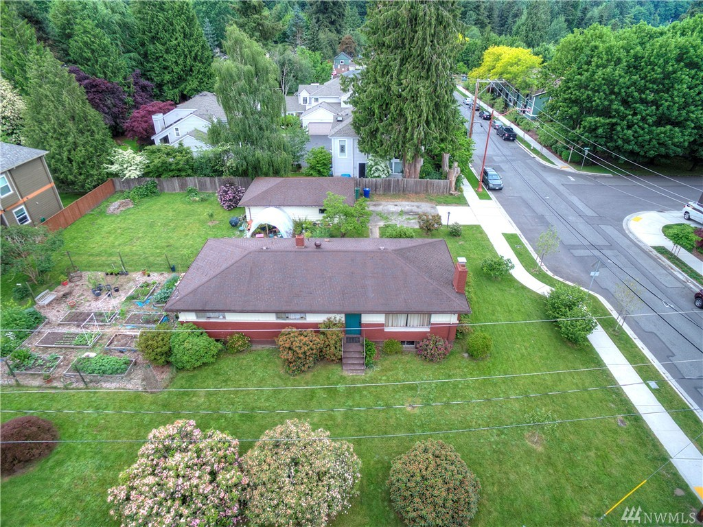 375 3rd Place NW, Issaquah, WA 98027
