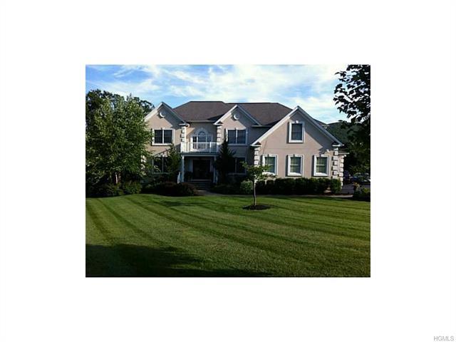 115 Denniston Drive, New Windsor, NY 12553