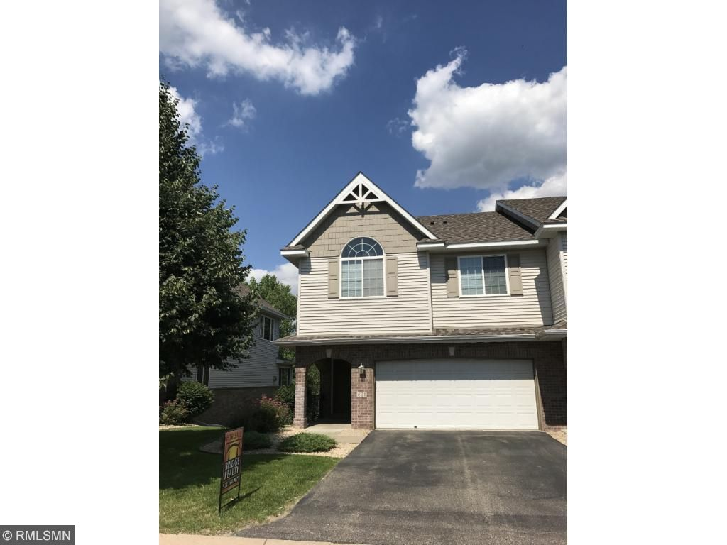 621 Crane Creek Lane, Eagan, MN 55121