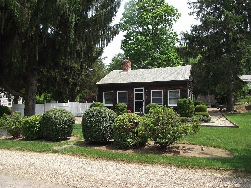 14 Schooner AV, Jamestown, RI 02835