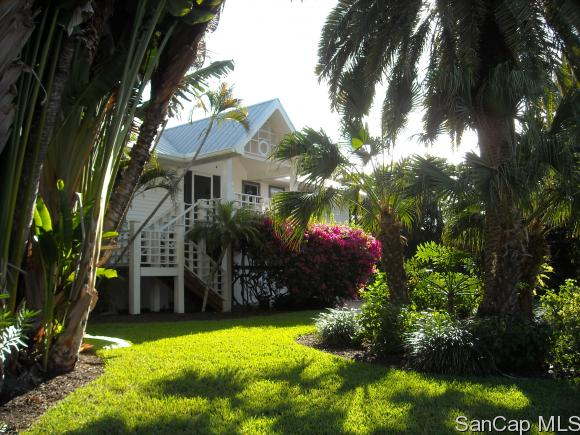 1270 Bay Dr, Sanibel, FL 33957