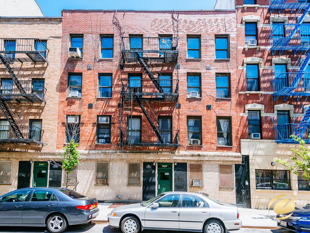 162 E 2ND ST B, Manhattan, NY 10009